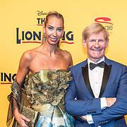 NLD/Scheveningen/20161030 - Premiere musical The Lion King, Carolien ter Linden en Addy van den Krommenacker
