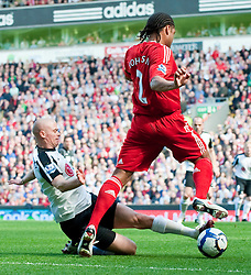 11.04.2010, Anfield, Liverpool, ENG, Premier League, FC Liverpool vs FC Fulham, im Bild Liverpool's Glen Johnson and Fulham's Paul Konchesky. EXPA Pictures © 2010, PhotoCredit: EXPA/ Propaganda/ D. Rawcliffe / SPORTIDA PHOTO AGENCY