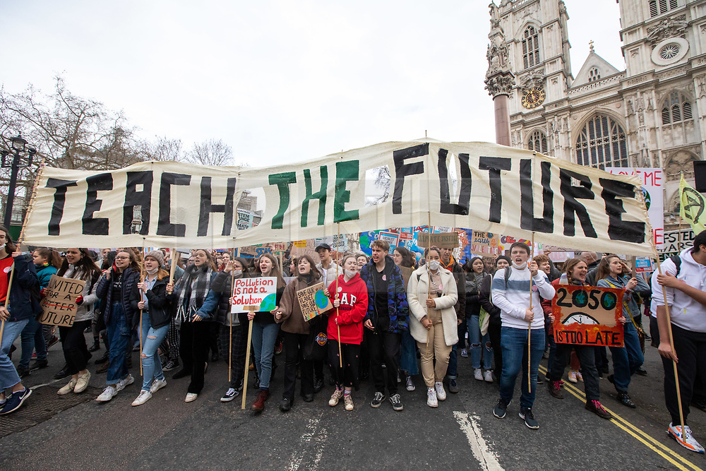 © Licensed to London News Pictures. 14/02/2020. London, UK. Students climate change strikers demonstrate on the streets of Westminster to protest against the Governments's lack of action on the climate crisis. Photo credit: Alex Lentati/LNP