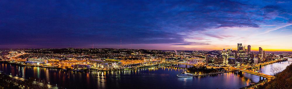 Pittsburg skyline at sunrise