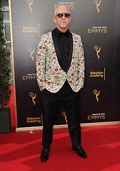 Ryan Murphy bei den Creative Arts Emmy Awards in Los Angeles / 100916<br /> <br /> <br /> *** at the Creative Arts Emmy Awards in Los Angeles on September 10, 2016 ***