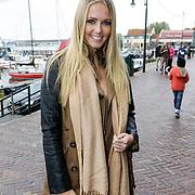 """NLD/Volendam/20121018 - Boekpresentatie """" Het geheim van de Smit, Monique Smit"""