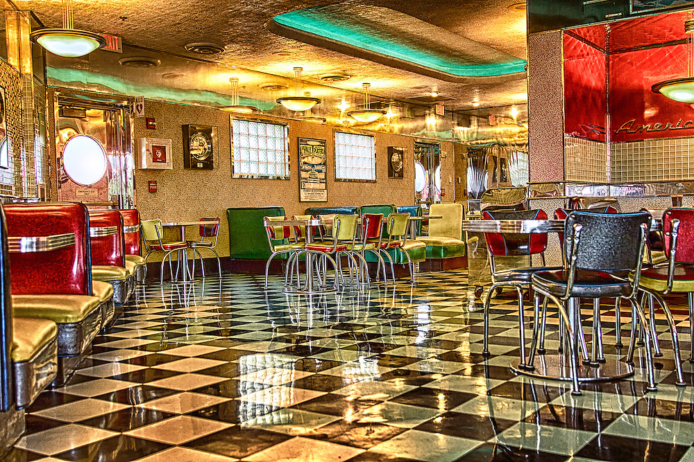 Mel's Drive-In at Universal Studios in Florid. Wish we had diners like this one.