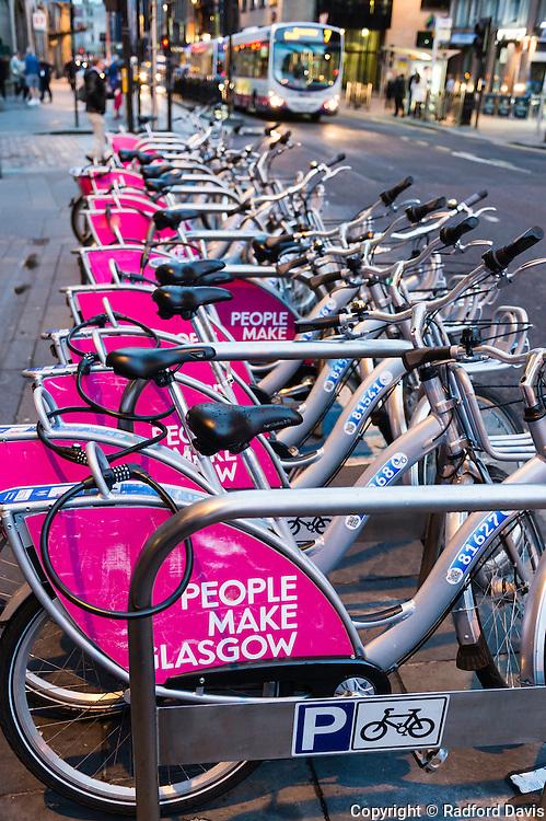 Rent a bike in Glasgow, Scotland