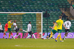 Marco Stiepermann of Norwich City scores and celebrates the winner for Norwich City - Mandatory by-line: Phil Chaplin/JMP - 07/11/2020 - FOOTBALL - Carrow Road - Norwich, England - Norwich City v Swansea City - Sky Bet Championship