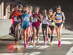 NYC Marathon, Moreira leads mile 15, Queensboro Bridge