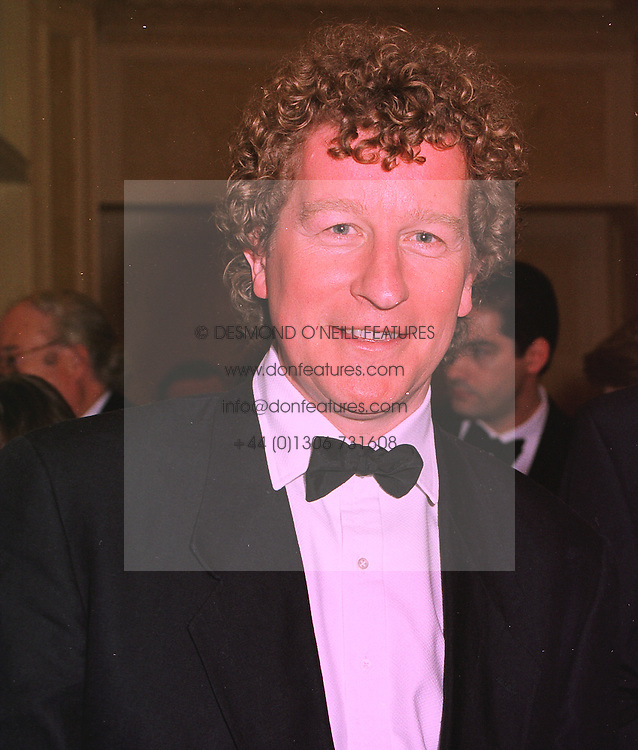 Writer SEBASTIAN FAULKS, at a reception in London on 5th February 1998.<br /> MFF 36