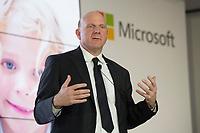 08 NOV 2012, BERLIN/GERMANY:<br /> Steve Ballmer, CEO Microsoft, Vorstellung der neuen Schlaumäuse-Software von Microsoft, Humbold-Box<br /> IMAGE: 20121108-01-080