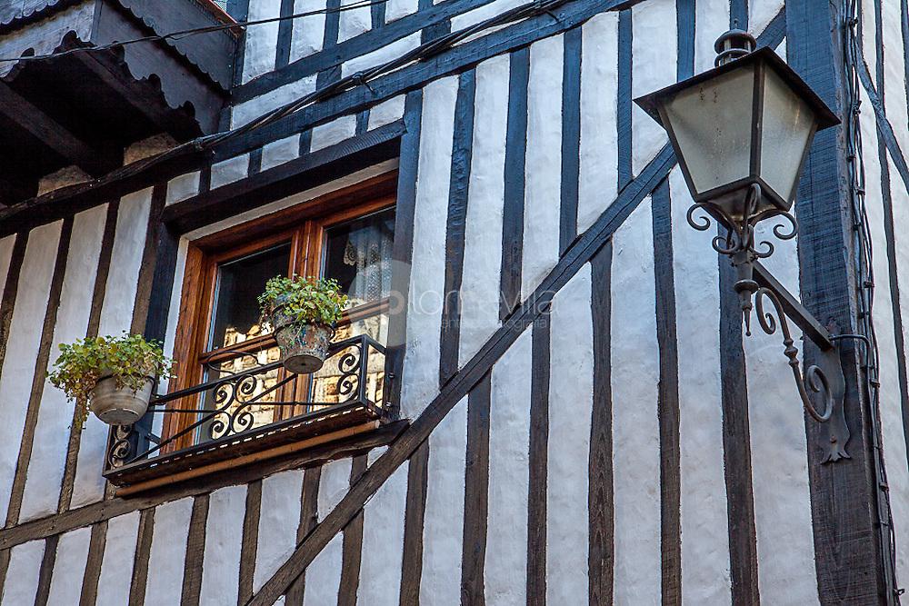 Detalle muro tradicional en La Alberca, Salamanca ©Javier Abad / PILAR REVILLA