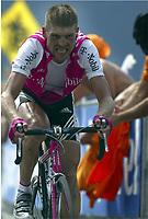 CYCLING - TOUR DE FRANCE 2004 - STAGE 13 - LANNEMEZAN > PLATEAU DE BEILLE - 17/07/2004 - PHOTO : NICO VEREECKEN / DIGITALSPORT<br /> JAN ULLRICH (GER) / T-MOBILE
