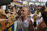 DESCRIZIONE : Roma LNP A2 2015-16 Acea Virtus Roma Mens Sana Basket 1871 Siena<br /> GIOCATORE : Simone Bonfiglio<br /> CATEGORIA : esultanza postgame pubblico tifosi<br /> SQUADRA : Acea Virtus Roma<br /> EVENTO : Campionato LNP A2 2015-2016<br /> GARA : Acea Virtus Roma Mens Sana Basket 1871 Siena<br /> DATA : 06/12/2015<br /> SPORT : Pallacanestro <br /> AUTORE : Agenzia Ciamillo-Castoria/G.Masi<br /> Galleria : LNP A2 2015-2016<br /> Fotonotizia : Roma LNP A2 2015-16 Acea Virtus Roma Mens Sana Basket 1871 Siena