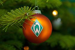 12.12.2010, Hudson, Bremen, GER, Weihnachtsfeier Werder Bremen, im Bild Werder Bremen Weihnachtskugel    EXPA Pictures © 2010, PhotoCredit: EXPA/ nph/  Kokenge       ****** out ouf GER ******