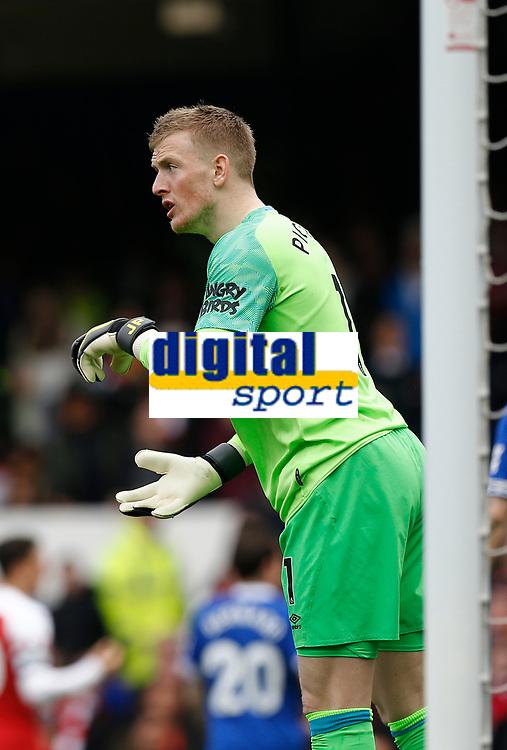 Football - 2018 / 2019 Premier League - Everton vs. Arsenal<br /> <br /> Everton keeper Jordan Pickford, at Goodison Park.<br /> <br /> COLORSPORT/ALAN MARTIN