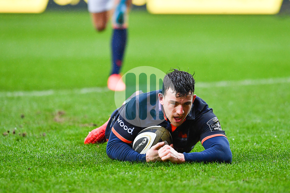 Matt Scott of Edinburgh scores his sides second try<br /> <br /> Photographer Craig Thomas/Replay Images<br /> <br /> Guinness PRO14 Round 11 - Scarlets v Edinburgh - Saturday 15th February 2020 - Parc y Scarlets - Llanelli<br /> <br /> World Copyright © Replay Images . All rights reserved. info@replayimages.co.uk - http://replayimages.co.uk