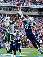 NASHVILLE, TN - NOVEMBER 23:   Keith Bulluck #53 of the Tennessee Titans knocks away a pass in the end zone thrown to Dustin Keller #81 of the New York Jets at LP Field on November 23, 2008 in Nashville, Tennessee.  The Jets defeated the Titans 34-13.  (Photo by Wesley Hitt/Getty Images) *** Local Caption *** Keith Bulluck; Dustin Keller Sports photography by Wesley Hitt photography with images from the NFL, NCAA and Arkansas Razorbacks.  Hitt photography in based in Fayetteville, Arkansas where he shoots Commercial Photography, Editorial Photography, Advertising Photography, Stock Photography and People Photography