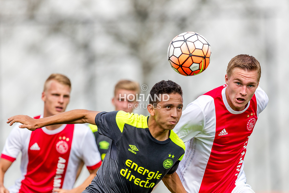 26-08-2017: Voetbal: Ajax O19 v PSV O19: Amsterdam<br /> L-R Mauro Jaqueson Junior Ferreira dos Santos (PSV), Boy Kemper (Ajax)<br /> Supercup O19 - U19<br /> Seizoen 2017-2018