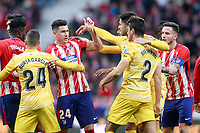 Atletico de Madrid's Jose Maria Gimenez (l) have words with Girona FC's Bernardo Espinosa during La Liga match. January 20,2018. (ALTERPHOTOS/Acero)