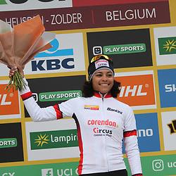 26-12-2019: Wielrennen: Wereldbeker veldrijden: Zolder: Ceylin Alvarado neemt de leiding in de algehele Wereldbeker over van Katarina Nash.