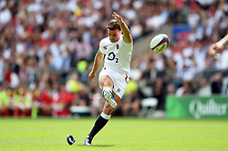 George Ford of England kicks for the posts - Mandatory byline: Patrick Khachfe/JMP - 07966 386802 - 11/08/2019 - RUGBY UNION - Twickenham Stadium - London, England - England v Wales - Quilter International