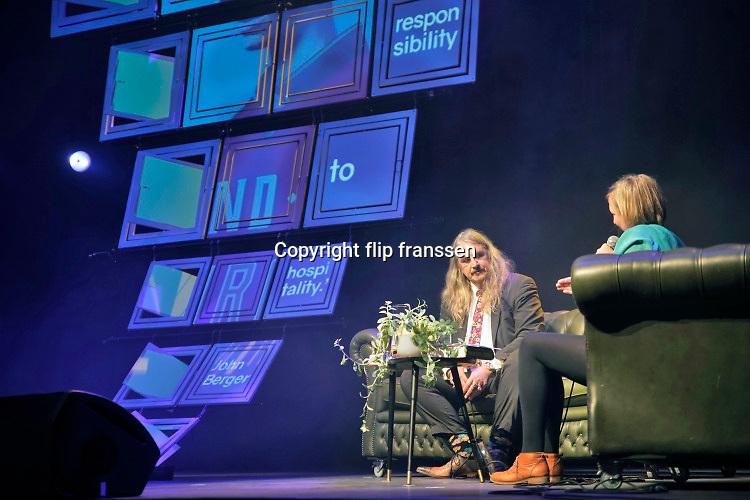 Nederland, Nijmegen, 30-11-2019Schrijver, auteur, Ilja Leonard Pfeijffer wordt tijdens het literair festival de wintertuin in Doornroosje geinterviewed.Foto: Flip Franssen