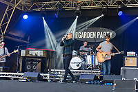 Toploader live at the KNEBWORTH Pub in the park Drive in Garden Party photo by Mark Anton Smith
