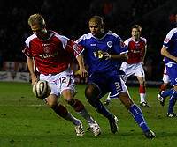 Photo: Steve Bond/Sportsbeat Images.<br /> Leicester City v Charlton Athletic. Coca Cola Championship. 29/12/2007. Luke Varney (L) shields the ball from Patrick Kisnorbo (R)