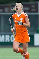 EINDHOVEN - Lisanne de Lange, zaterdag bij de oefenwedstrijd tussen het Nederlands team van Jong Oranje Dames en dat van de Vernigde Staten. Volgende week gaat het WK-21 in Duitsland van start. FOTO KOEN SUYK