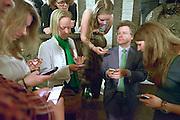Nederland, Arnhem, 18-3-2015Uitslag provinciale staten verkiezingen in het provinciehuis.Lijsttrekker D66 met aanhang kijkt naar de  uitslagen.Foto: Flip Franssen