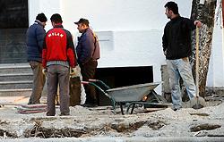 PRISTINA, KOSOVO - DECEMBER 14 - delavci na gradbiscu