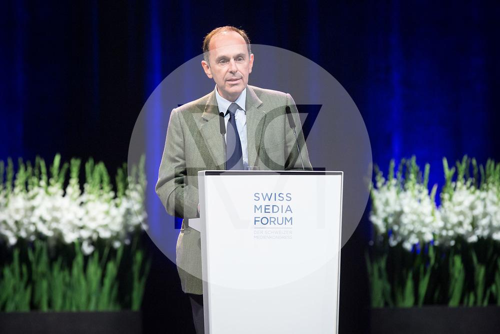 SCHWEIZ - LUZERN - SwissMediaForum 2018 im KKL, hier die spricht Pietro Supino, Präsident Verband SCHWEIZER MEDIEN und Verleger Tamedia - 27. September 2018 © Raphael Hünerfauth - http://huenerfauth.ch