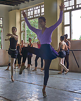 Ballet School in Old Havana. Image taken with a Leica T camera and 23 mm f/2 lens (ISO 100, 23 mm, f/2.5, 1/200 sec).