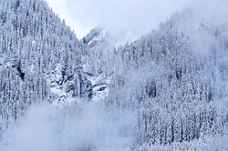 THEMENBILD - die Krimmler Wasserfälle, aufgenommen am 12. November 2016, Krimml, Österreich // The Krimmler waterfalls, Krimml, Austria on 2016/11/12. EXPA Pictures © 2016, PhotoCredit: EXPA/ JFK