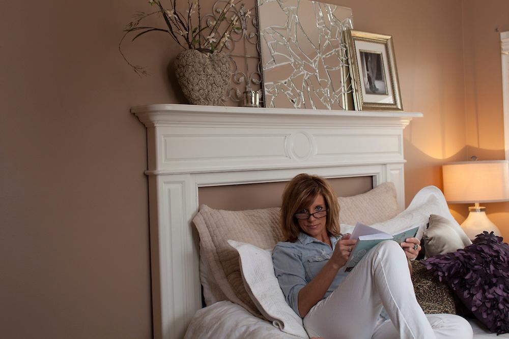 19 March 2012- Sandy Besch is photographed in her home imn Omah, Nebraska.