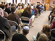 tucsonshooting - 09 JANUARY 2011 - TUCSON, AZ: People at Congregation Chaverim in Tucson Sunday. Hundreds of people attended the healing service to pray for Congresswoman Gabrielle Giffords and other victims of the mass shooting that took place Saturday.   ARIZONA REPUBLIC PHOTO BY JACK KURTZ