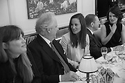 A.A. GILL; JEMIMA KHAN; GRAYDON CARTER; PIPPA MIDDLETON; JONATHAN NEWHOUSE; ELIZABETH MCGOVERN Vanity Fair Lunch hosted by Graydon Carter. 34 Grosvenor Sq. London. 14 May 2013