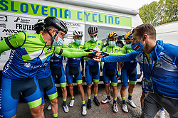 Team Slovenia: NOVAK Domen of Slovenia, POLANC Jan of Slovenia, POGACAR Tadej of Slovenia, Jani Brajkovic of Slovnia, MEZGEC Luka of Slovenia, TRATNIK Jan of Slovenia, PIBERNIK Luka of Slovenia, ROGLIC Primoz of Slovenia and coach Andrej Hauptman during Men Elite Road Race at UCI Road World Championship 2020, on September 27, 2020 in Imola, Italy. Photo by Vid Ponikvar / Sportida