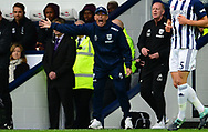 Tony Pulis, the West Bromwich Albion manager shouts from the touchline. Premier league match, West Bromwich Albion v West Ham United at the Hawthorns stadium in West Bromwich, Midlands on Saturday 16th September 2017. pic by Bradley Collyer, Andrew Orchard sports photography.