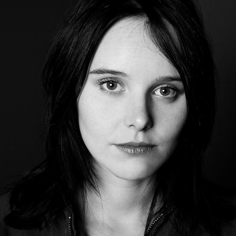 Portrait of Sophia Burns (bassist) from The Veils