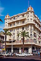 Maroc, Casablanca, immeuble boulevard Hassan Seghir // Morocco, Casablanca, United Nation (Nation Unis) square