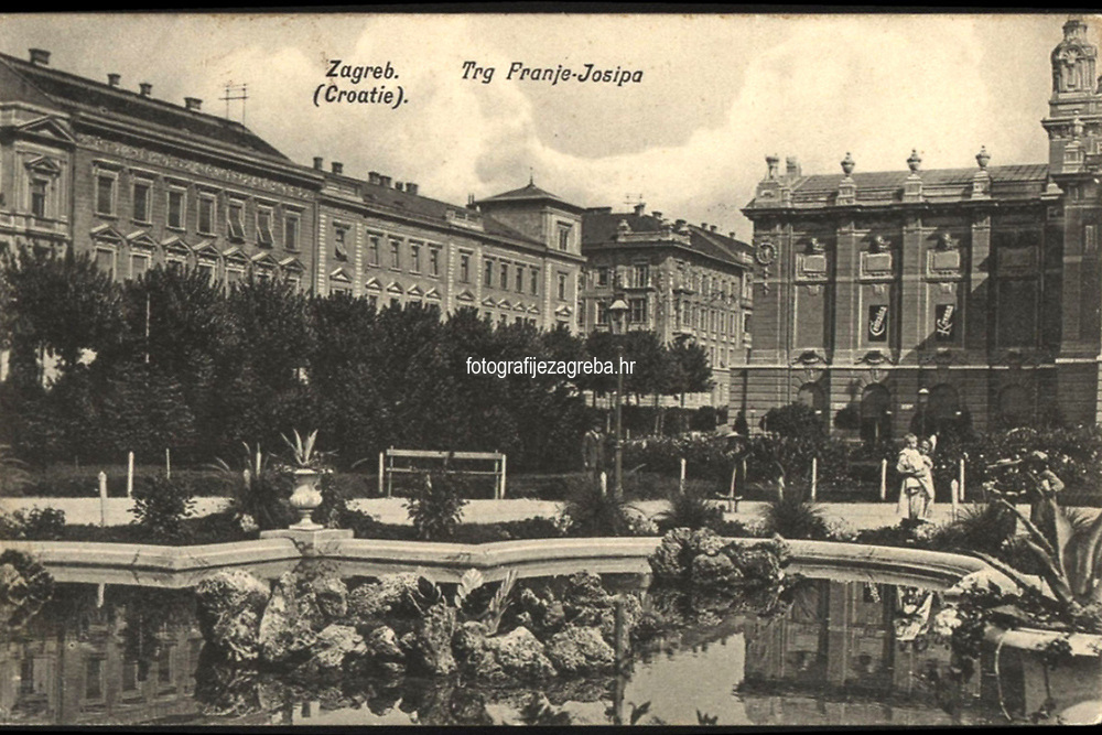 Zagreb (Croatie) : Trg Franje Josipa. <br /> <br /> ImpresumZagreb : Naklada papirnice A. Brusina, 1907.<br /> Materijalni opis1 razglednica : tisak ; 8,7 x 13,8 cm.<br /> SuradnikMosinger, Rudolf(1865.–1918.)<br /> NakladnikTiskara A. Brusina<br /> Mjesto izdavanjaZagreb<br /> Vrstavizualna građa • razglednice<br /> ZbirkaGrafička zbirka NSK • Zbirka razglednica<br /> Formatimage/jpeg<br /> PredmetZagreb –– Trg kralja Tomislava<br /> SignaturaRZG-TOM-19<br /> Obuhvat(vremenski)20. stoljeće<br /> NapomenaRazglednica je putovala 1908. godine. • U lijevom donjem kutu poleđine razglednice otisnut je monogram Rudolfa Mosingera.<br /> PravaJavno dobro<br /> Identifikatori000952754<br /> NBN.HRNBN: urn:nbn:hr:238:944583 <br /> <br /> Izvor: Digitalne zbirke Nacionalne i sveučilišne knjižnice u Zagrebu