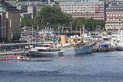 May 28, 2017 - Stockholm, Sweden - Her Danish Majesty's yacht Dannebrogen, in Stockholm, Sweden, ..Official visit from Denmark, 2017-05-28..(c) Johan Jeppsson / IBL....Danska Kungaskeppet Dannebrogen vid Skeppsbron i Stockholm..Officiellt besök frÃ¥n Kronprinsparet av Danmark2017-05-28 (Credit Image: © Johan Jeppsson/IBL via ZUMA Press)