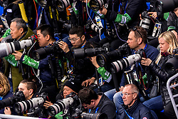 22-02-2018 KOR: Olympic Games day 13, PyeongChang<br /> Short Track Speedskating / Media fotograaf fotografen canon nikon Matty, Stephan, Koen