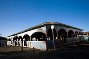 Diamantina_MG, Brasil...Antigo Mercado do Tropeiro e atual Mercado Mucipal na praca Barao de Guacui em Diamantina...The ancient Mercado do Tropeiro and current Mercado Municipal in the Barao de Guacui square in Diamantina...Foto: BRUNO MAGALHAES / NITRO.
