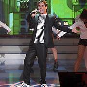 NLD/Hilversum/20080301 - Finale Idols 2008, optreden jeroen van der Boom