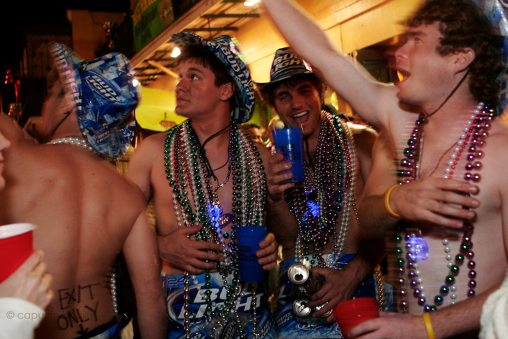 February 28th 2006. New Orleans, Louisiana. United States. ..People celebrate Mardi Gras in the French Quarter.