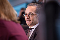10 JAN 2018, BERLIN/GERMANY:<br /> Heiko Maas, SPD, Bundesjustizminister, vor Beginn der Kabinettsitzung, Bundeskanzleramt<br /> IMAGE: 20180110-01-003<br /> KEYWORDS: Kabinett, Sitzung