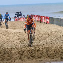 OOSTENDE (BEL) CYCLOCROSS<br />Pim Ronhaar trekt door in het zand