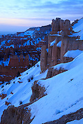 USA, Utah, Bryce Canyon National Park, predawn twilight at Inspiration Point