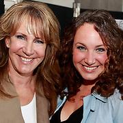 NLD/Amsterdam/20110324 - Boekpresentatie Chimaera van Xenia Kasper, Xenia Kasper en dochter
