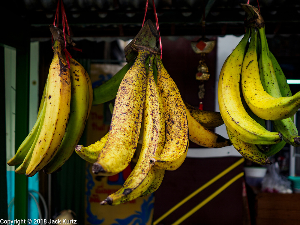 22 DECEMBER 2018 - CHANTABURI, THAILAND:  Bananas and plantains for sale in Chantaburi. Chantaburi is the capital city of Chantaburi province on the Chantaburi River. Because of its relatively well preserved tradition architecture and internationally famous gem market, Chantaburi is a popular weekend destination for Thai tourists.         PHOTO BY JACK KURTZ